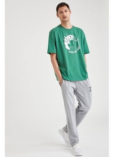 Defacto –Fit NBA Lisanslı Oversize Fit Pamuklu Tişört Yeşil